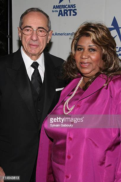 Gov Mario Cuomo and Aretha Franklin during Americans For The Arts National Arts Awards 2006 Inside Arrivals and event at Cipriani 42nd Street in New...