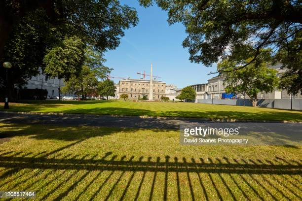 government buildings in dublin, ireland - government building stock pictures, royalty-free photos & images