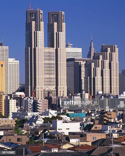 government office building of tokyo - 東京都庁舎 ストックフォトと画像