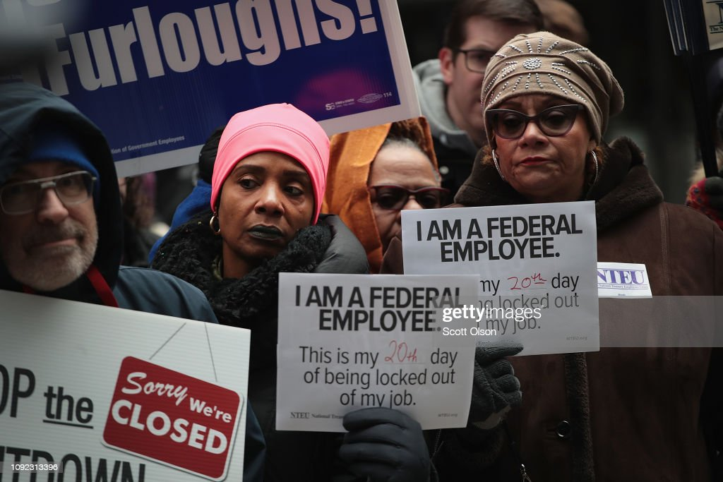Government Workers Protest The Shutdown In Chicago : News Photo