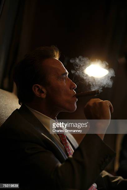 Governor Arnold Schwarzenegger Los Angeles Mayor Villaraigosa and LA police chief William Bratton meet to smoke cigars in the 'tent'at his offices in...