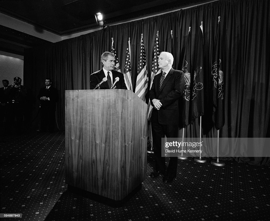 George W. Bush and John McCain : News Photo