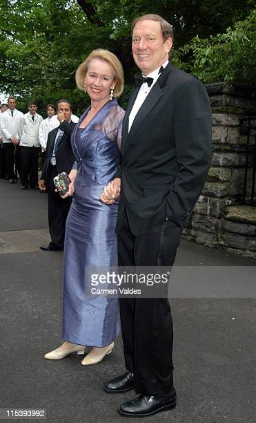 NY Governor George Pataki and wife Libby Pataki during Wedding of Rudy Giuliani and Judith Nathan at Gracie Mansion in New York City New York United...