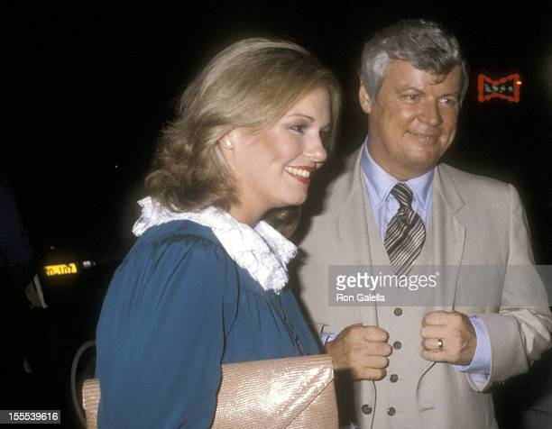 Governor John Y Brown Jr and TV personality Phyllis George attend the for Party for Jimmy Carter's Democratic Candidacy for President on August 14...