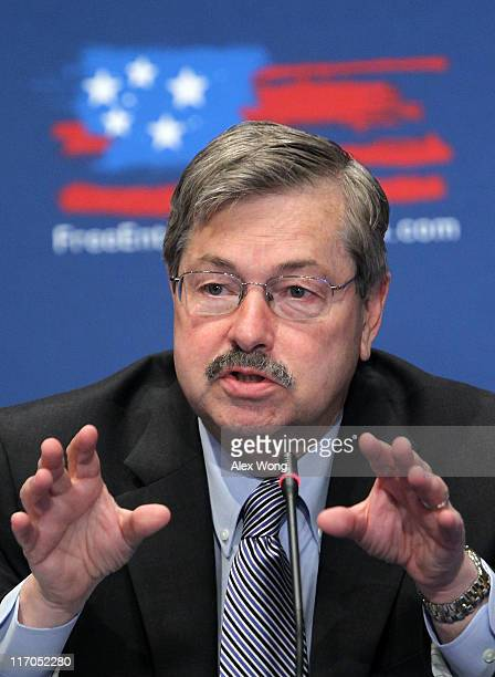 Governor of Iowa Terry Branstad speaks during the 2011 Governors Summit of US Chamber of Commerce June 20 2011 in Washington DC The summit was to...