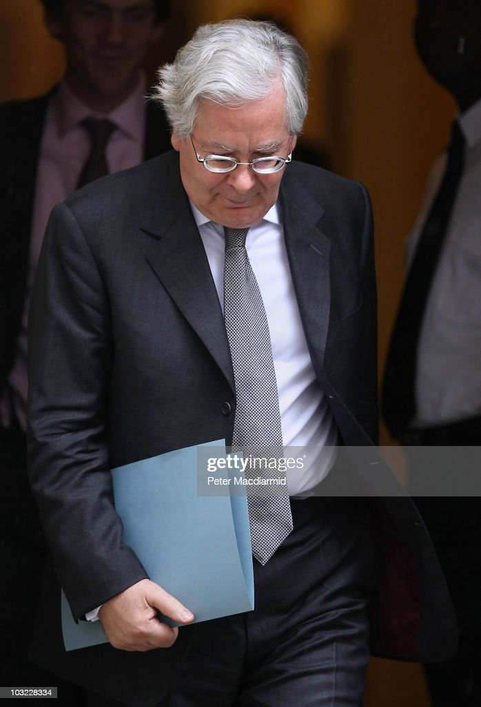 Mervyn King Meets With David Cameron To Discuss Banks' Lending To Businesse