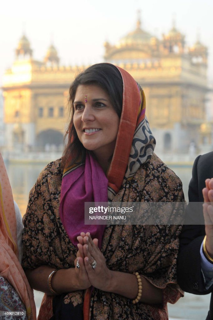 Governor of the US State of South Carolina Nikki Haley poses at the Golden Temple in Amritsar on November 15 2014 Haley visited the city to pay her...