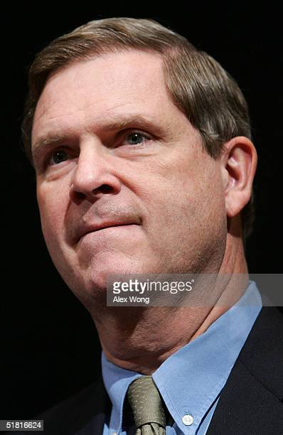 Governor Tom Vilsack pauses as he speaks to the media during a news conference of a Democratic Governors' Association meeting December 2 2004 in...