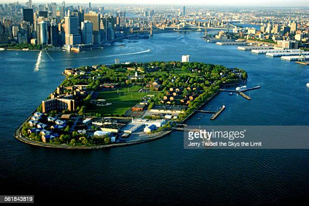 governors island - governors island stock pictures, royalty-free photos & images