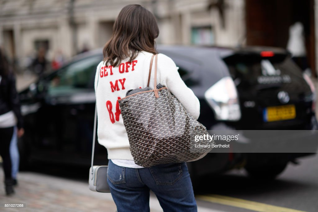 Street Style: Day 3 - LFW September 2017 : News Photo
