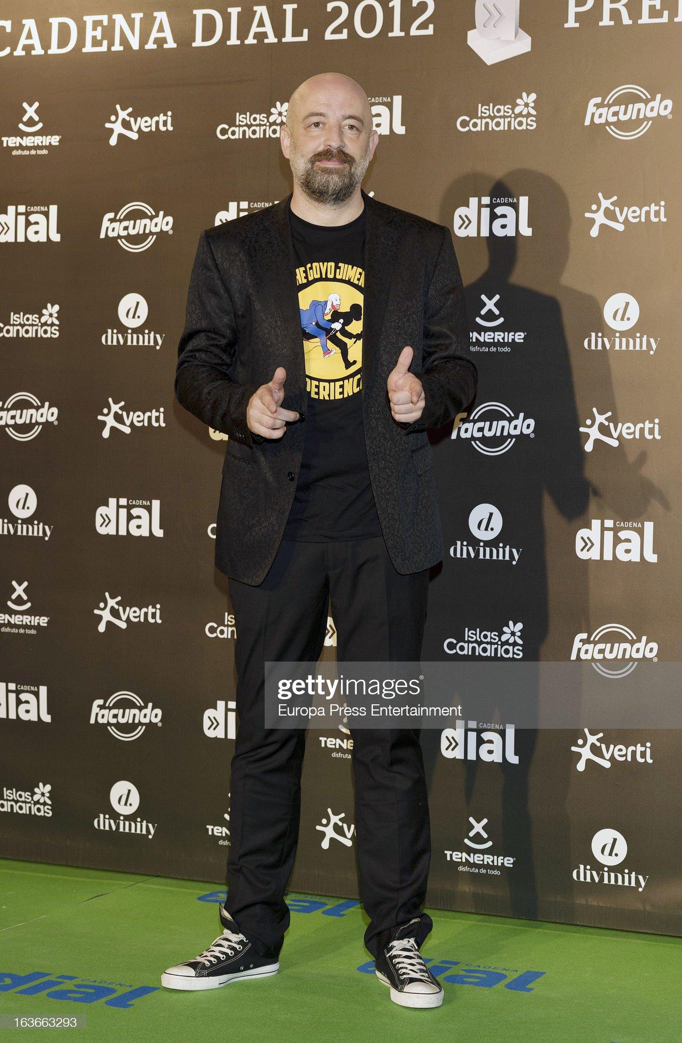 ¿Cuánto mide Goyo Jiménez? - Altura Goyo-jimenez-attends-cadena-dial-award-during-the-cadena-dial-awards-picture-id163663293?s=2048x2048