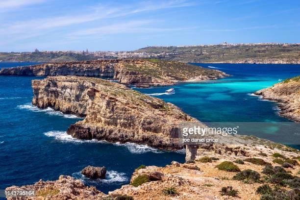 gozo from comino, malta - insel gozo malta stock-fotos und bilder