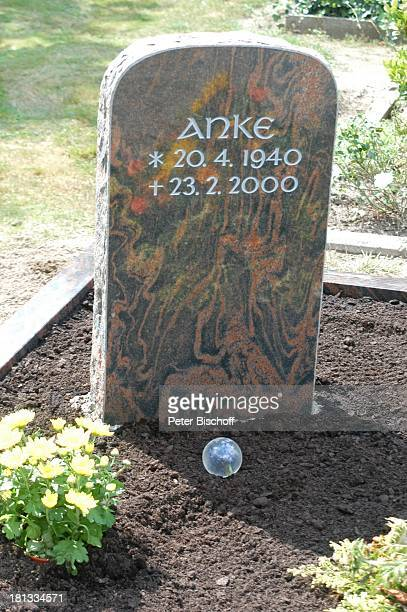 Grab von Rudi Carrelund ExEhefrau Anke Kesselaar 'Friedhof Heiligenfelde' Deutschland