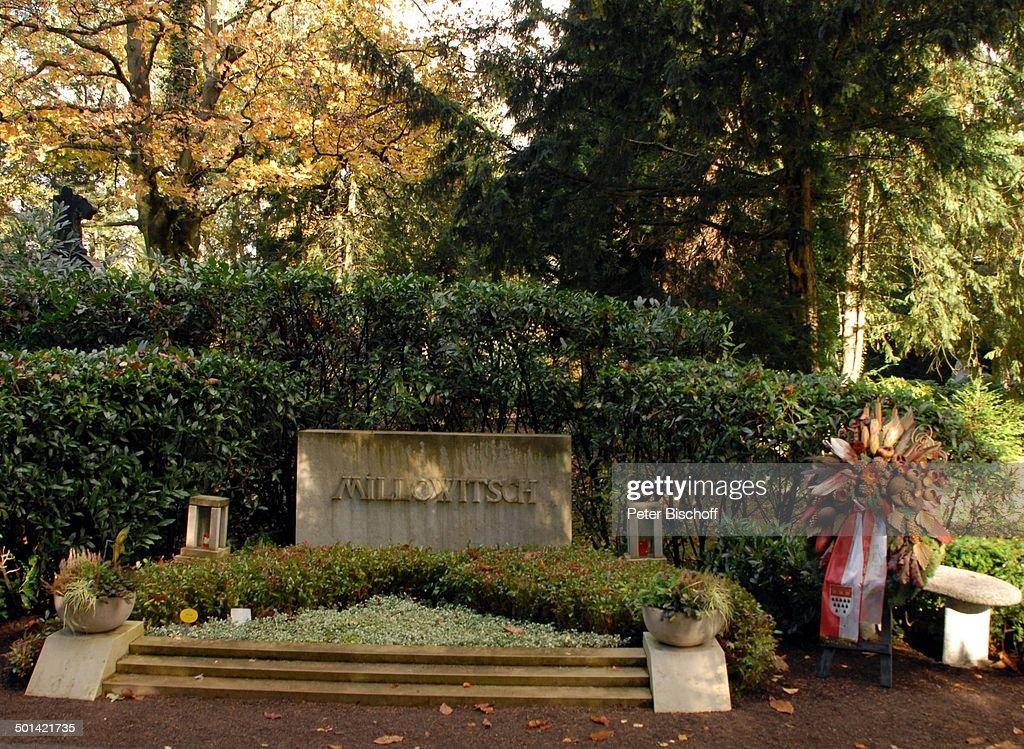 Grab von Willy Millowitsch (geboren: 08.01.1909; gestorben am 20.9.1999 im Alter von : News Photo