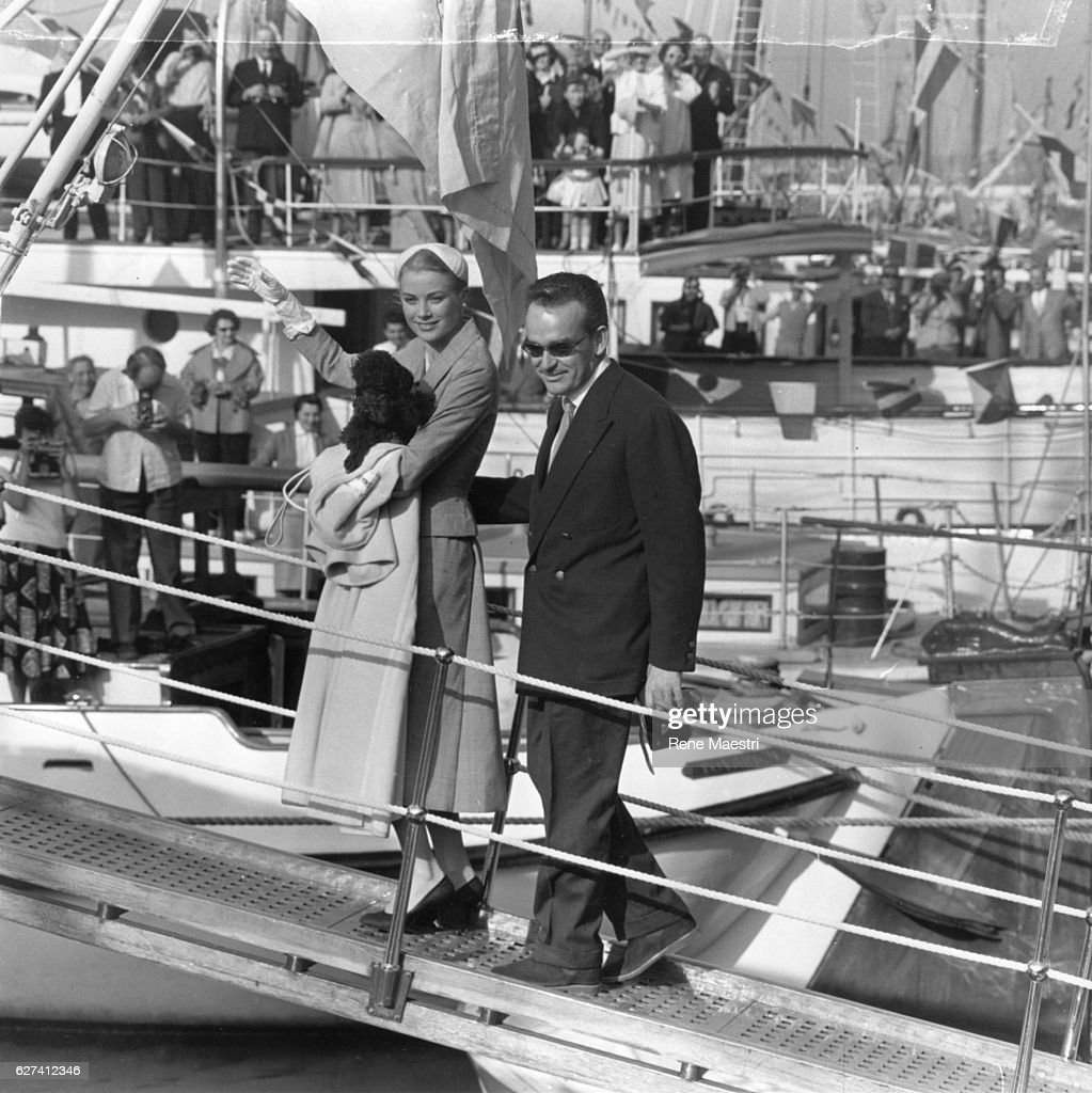 Grace and Rainier of Monaco boarding the Royal yacht 'Deo Juvente 11' for their honeymoon.
