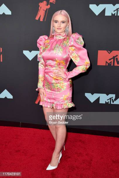 Grace Chatto attends the 2019 MTV Video Music Awards at Prudential Center on August 26 2019 in Newark New Jersey