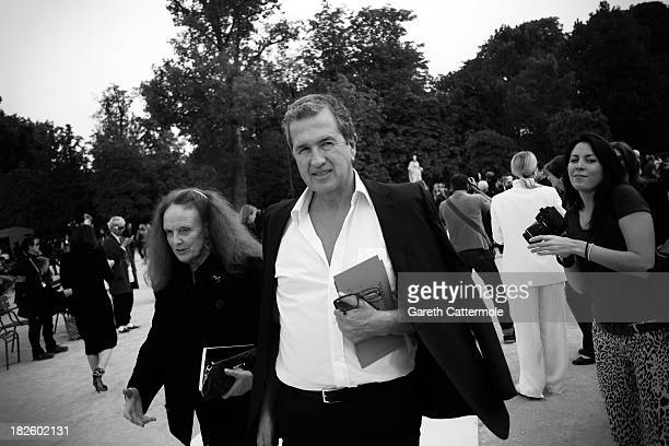 Grace Coddington and Mario Testino departs the Valentino show as part of Paris Fashion Week Womenswear Spring/Summer 2014 on October 1 2013 in Paris...