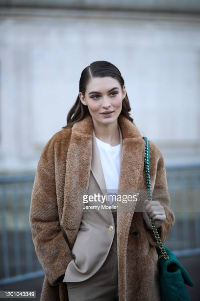 Grace Elizabeth before Chanel Haute Couture Show on January 21, 2020 in Paris, France.