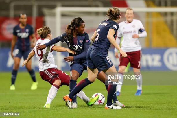 Grace Geyoro of Paris Saint Germain Sabrina Delannoy of Paris Saint Germain und Nicole Rolser of Bayern Munich battle for the ball during the...