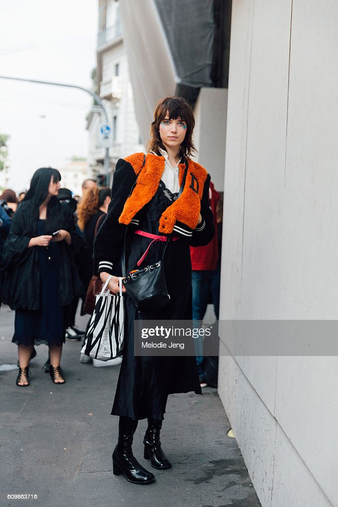Grace Hartzel outside the Max Mara show during Milan Fashion Week Spring/Summer 2017 on September 22, 2016 in Milan, Italy.