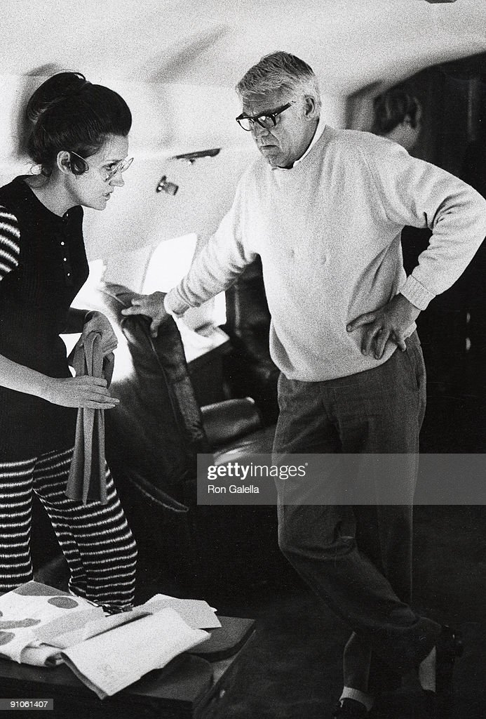 Grace Kelley and Cary Grant