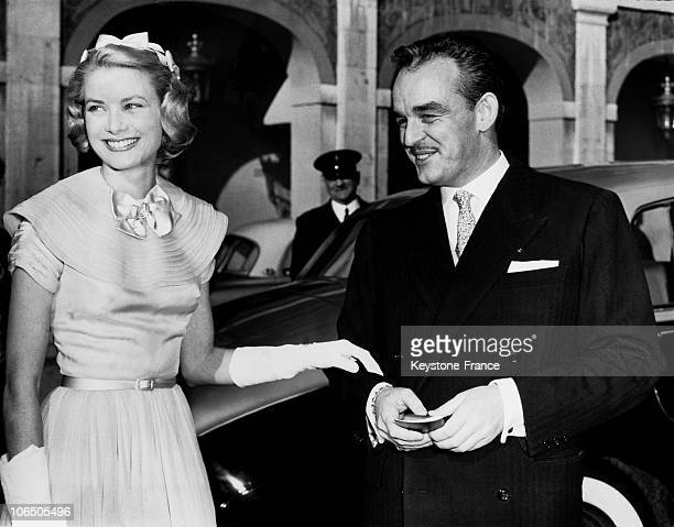 Grace Kelly And Prince Rainier Taken Into Picture On The Afternoon On April 17 1956 When The Wedding Guests Were Presented At The Princely Palace