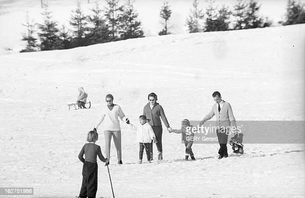 Grace Of Monaco On Holiday In St Moritz Suisse 8 février 1962 la Princesse GRÂCE DE MONACO en vacances dans la station de ski SaintMoritz Sur la...