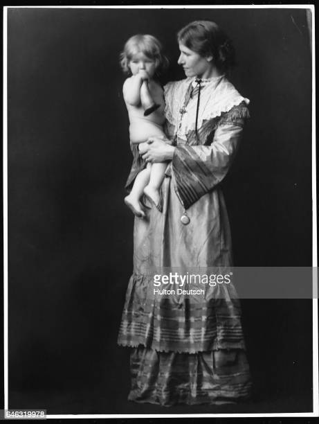 Grace Orpen Holding Her Daughter