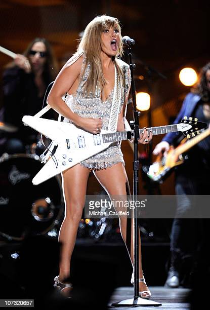 Grace Potter of the band Grace Potter and The Nocturnals performs onstage during VH1 Divas Salute the Troops presented by the USO at the MCAS Miramar...