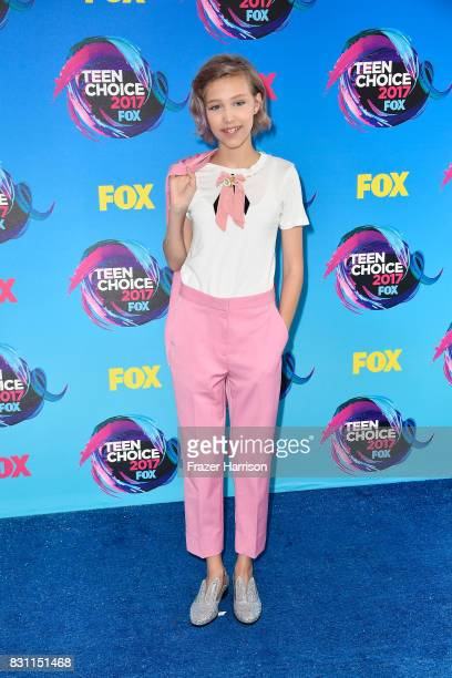 Grace VanderWaal attends the Teen Choice Awards 2017 at Galen Center on August 13 2017 in Los Angeles California