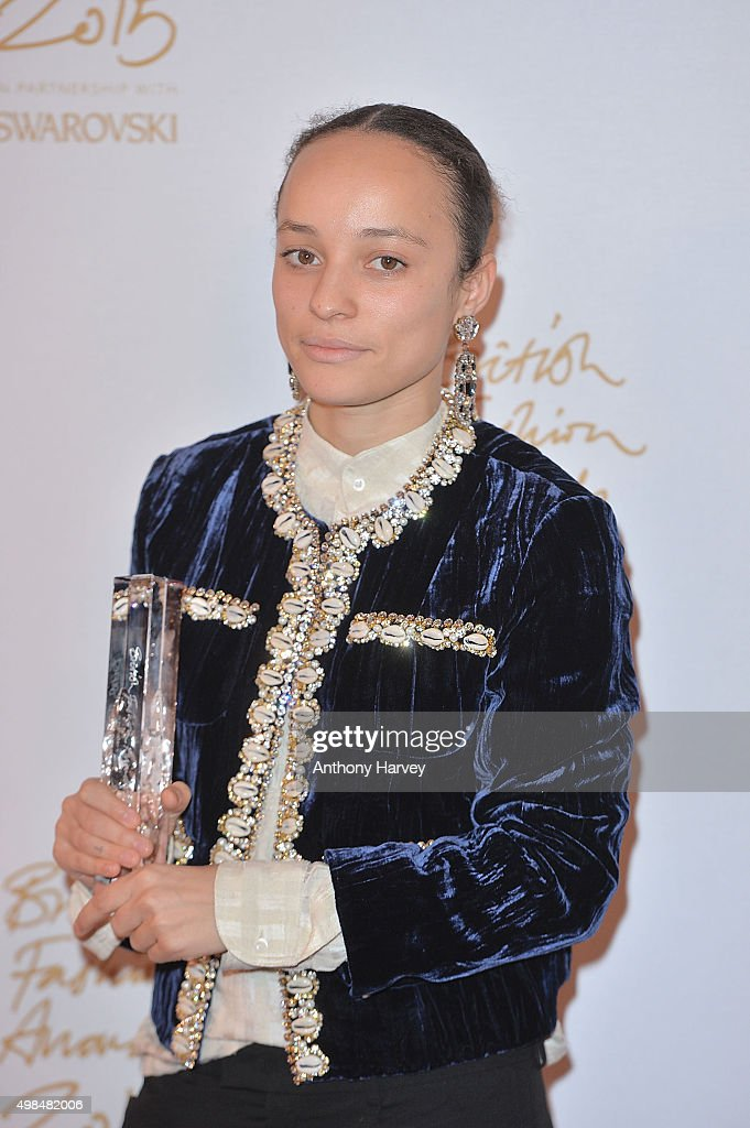 British Fashion Awards 2015 - Winners Room : News Photo