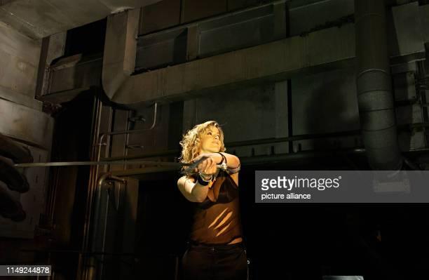 Gracia Arabella Baur filming a video on 30 August 2003 in Nuremberg.