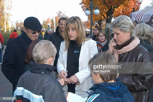 Gracia Baur Alexander Spatzek Sohn von Andrea Spatzek Mutter Jasper Hinz Vater Knut Hinz 'DisneylandParis' Paris/Frankreich Sängerin Schauspielerin...
