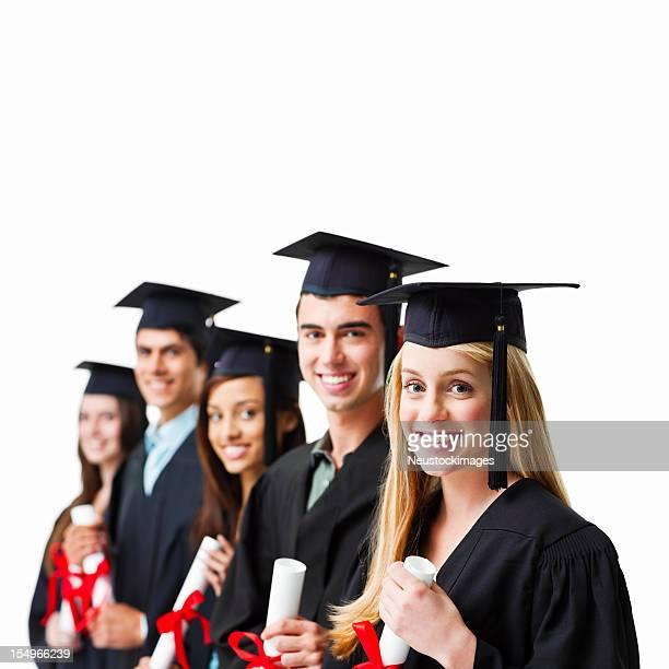 laureati tenendo diplomi-isolato - diploma foto e immagini stock