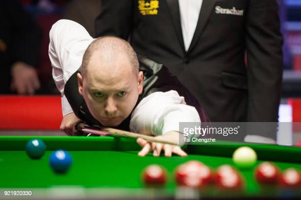 Graeme Dott of Scotland plays a shot during his first round match against Joe Perry of England on day two of 2018 Ladbrokes World Grand Prix at Guild...
