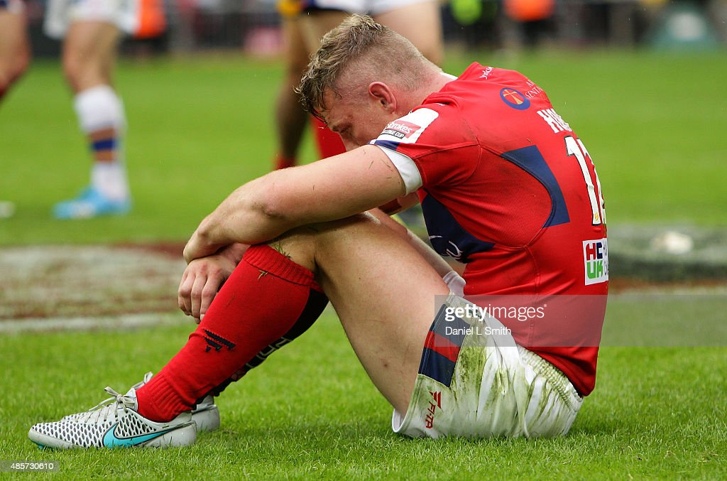 Graeme Horne of Hull KR looks dejected after conceding to Leeds Rhinos during the Ladbrokes Challenge Cup Final between Leeds Rhinos and Hull KR at Wembley Stadium on August 29, 2015 in London, England.