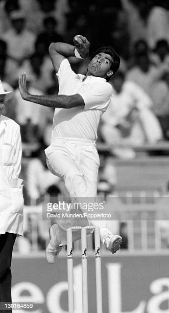 Graeme Labrooy bowling for Sri Lanka during their Champions Trophy match against Pakistan in Sharjah United Arab Emirates 2nd December 1986 Pakistan...