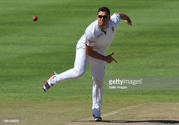 Graeme Smith of South Africa bowls during day three of the third Test match between South Africa and Sri Lanka at Sahara Park Newlands on January 5...