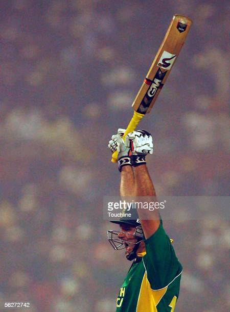 Graeme Smith of SOuth Africa celebrates his century during the Fourth One Day International between India and South Africa at Eden Gardens November...
