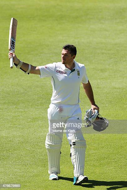 Graeme Smith of South Africa leaves the field after getting out to Mitchell Johnson of Australia during day 4 of the third test match between South...