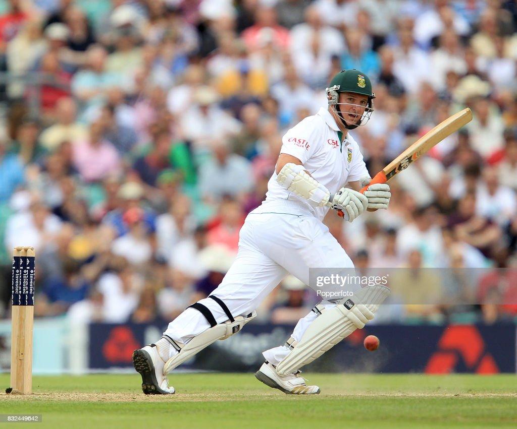 England v South Africa - 1st Test Match - Day Three : News Photo