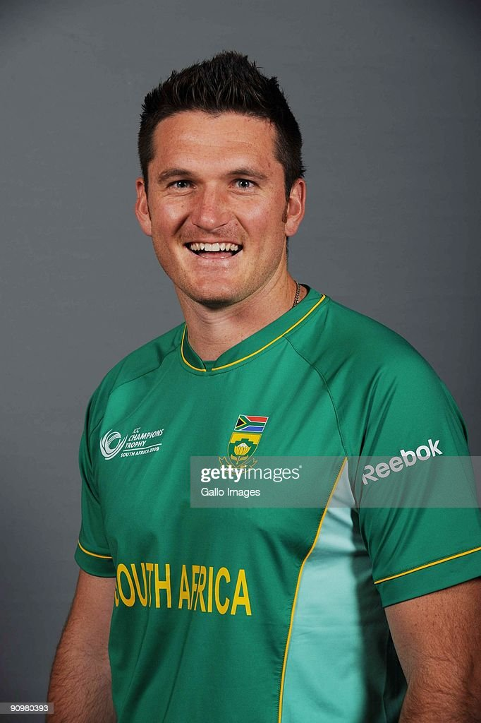 Graeme Smith of South Africa poses during an ICC Champions photocall session at Sandton Sun on September 19, 2009 in Sandton, South Africa.