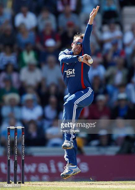 Graeme Swann of England bowls during the 2nd NatWest Series ODI match between England and South Africa at the Ageas Bowl on August 28 2012 in...