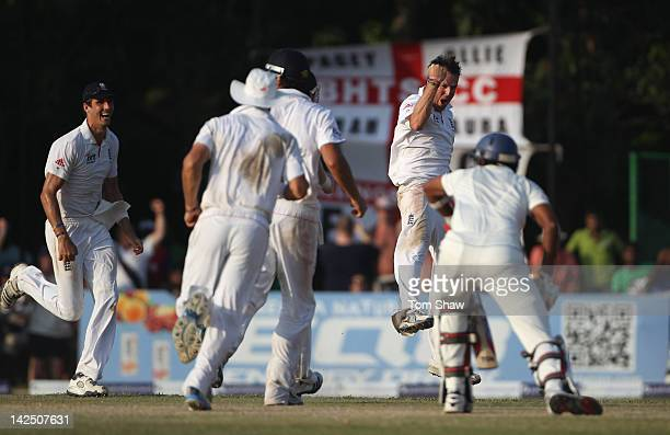Graeme Swann of england celebrates taking the wicket of Suraj Suraj Randiv of Sri Lanka during day 4 of the 2nd test match between Sri Lanka and...