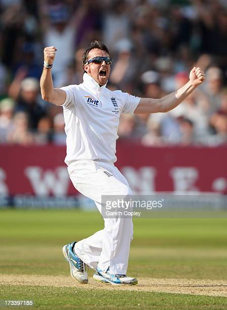Graeme Swann of England celebrates the wicket of Steve Smith of Australia during day four of the 1st Investec Ashes Test match between England and...
