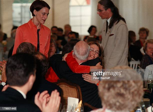 Graf Lennart Bernadotte, Comtesse Bettina;, Comtesse Catherina, Graf;Björn, Feier zum 90. Geburtstag von Graf;Lennart Bernadotte, Insel...