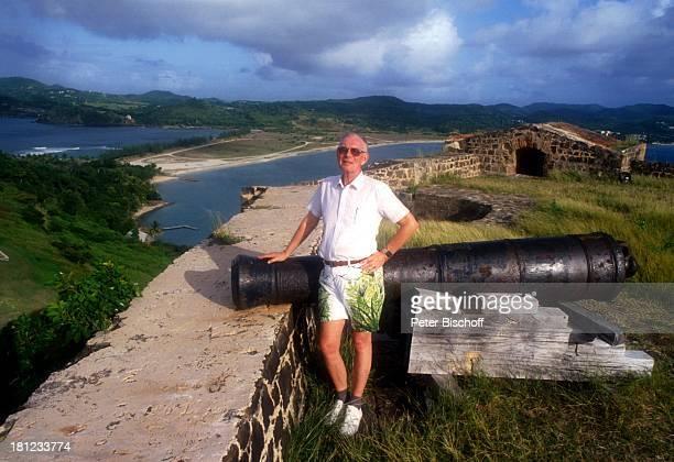 Graf Lennart Bernadotte Gründung einer Schwesternschaft mit Nationalpark 'Pigeon Island' auf StLucia/Karibik AussichtsPunkt Kanone Adel adelig Brille...