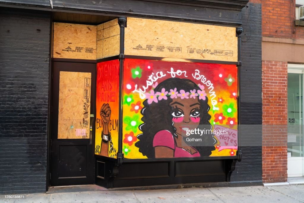 Street Artists Use Boarded Up Buildings As Canvases Amid Coronavirus Closures, Protests : News Photo