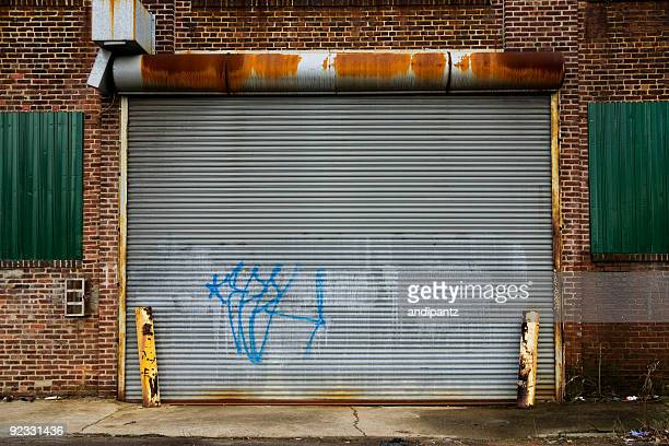 graffiti garage