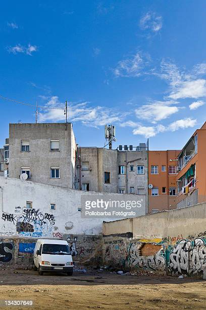 graffiti on wall and truck - fotógrafo stock photos and pictures